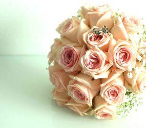 Svadobný kytica z ruží