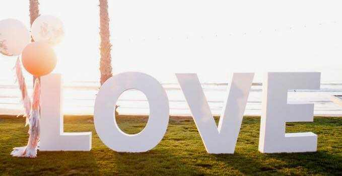 Love písmená