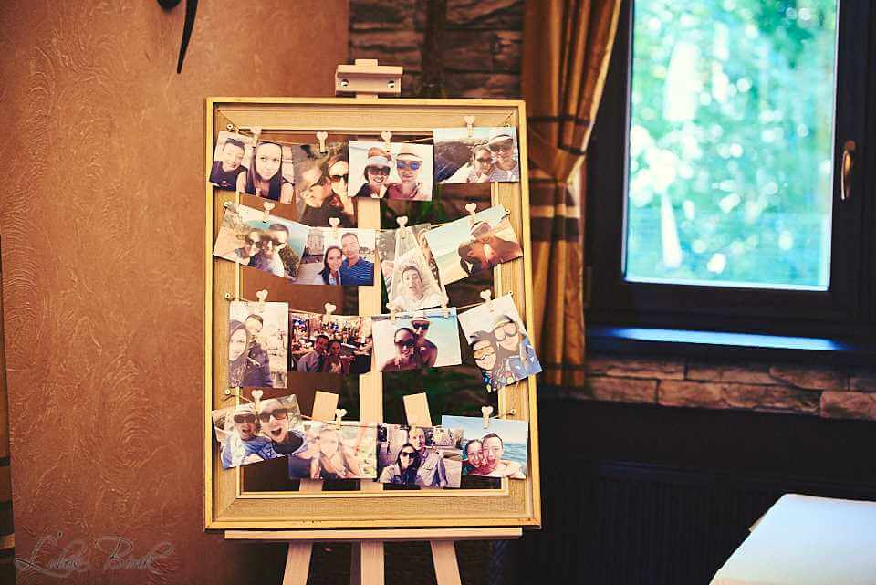 dreveny stojan na fotky