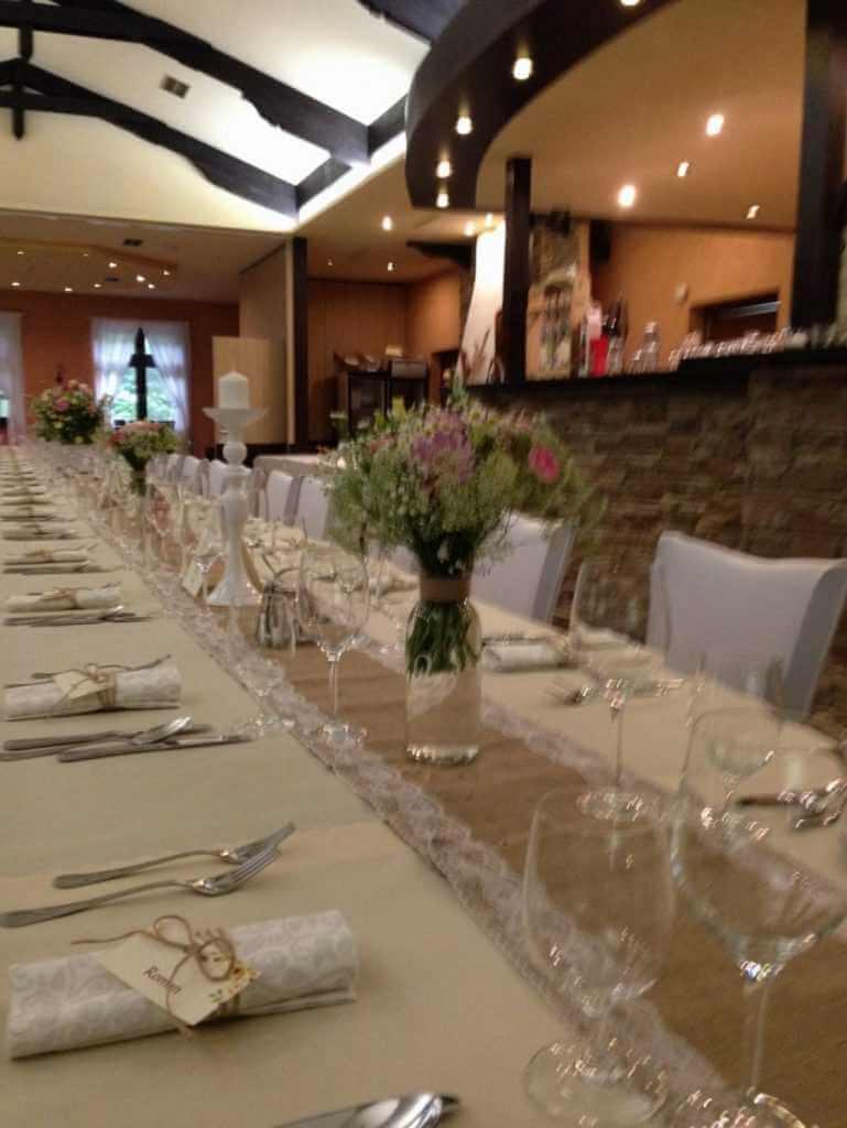 Výzdoba svadobného stola