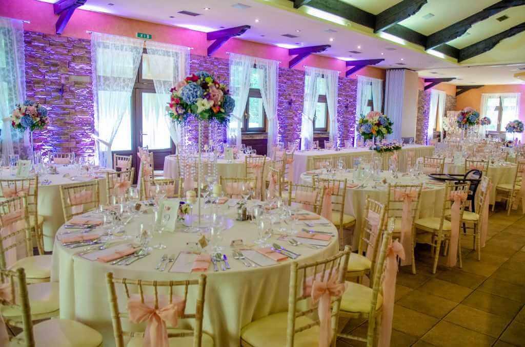 výzdoba okrúhlych stolov na svadbu Nitra