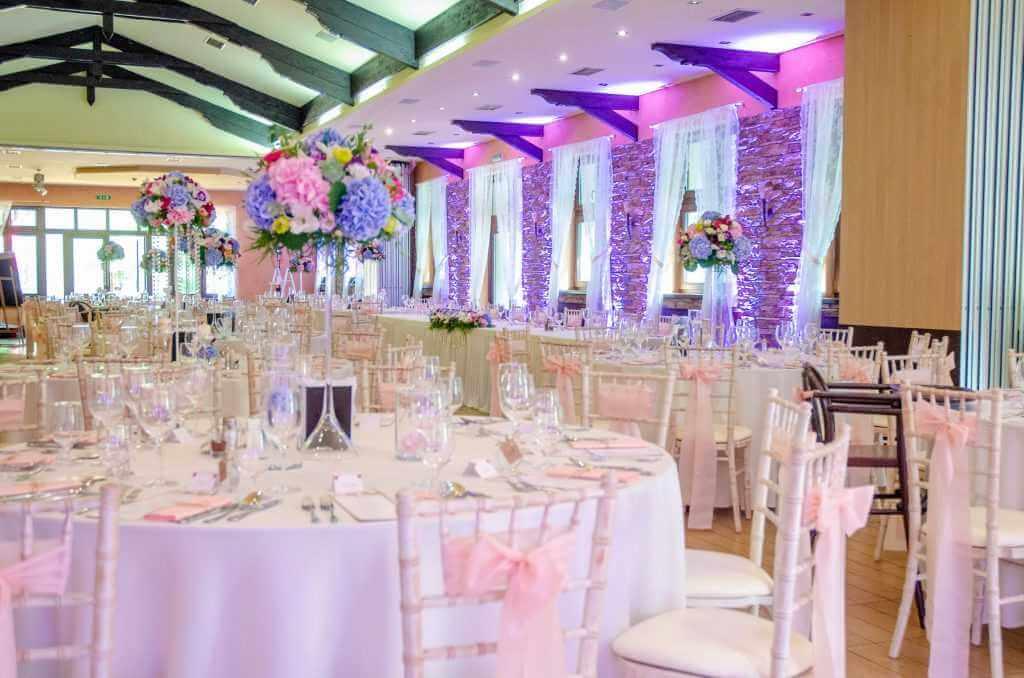 okrúhle stoly na svadbu Nové Zámky