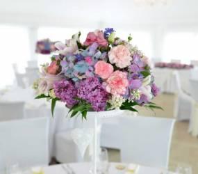 Kvetinová výzdoba na svadbu Nové Zámky