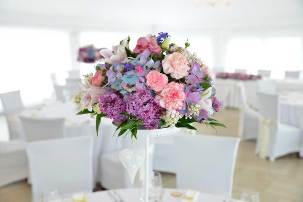 5962aa6ae Odvážna a netradičná svadobná výzdoba (fotografie) - Pretty Wedding ...