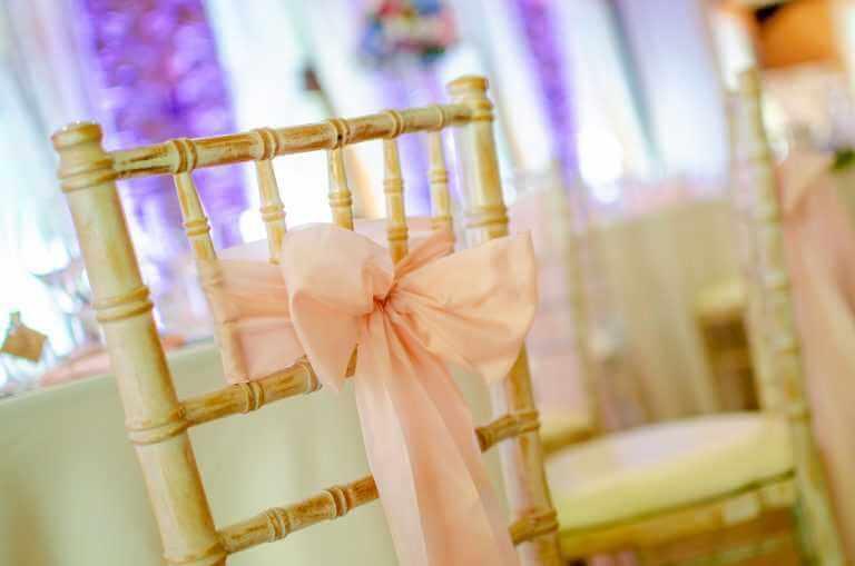 Chiavari stoličky na prenájom v Nových Zámkoch
