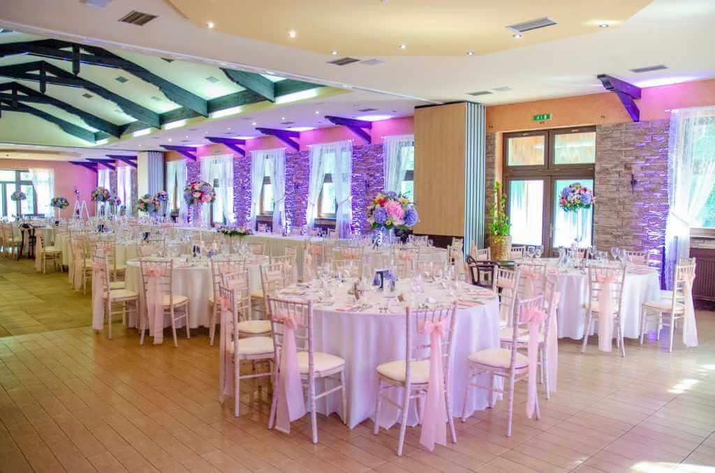 výzdoba okrúhlych stolov na svadbu Nové Zámky